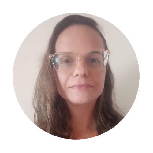 Corpo Docente - Ana Claudia